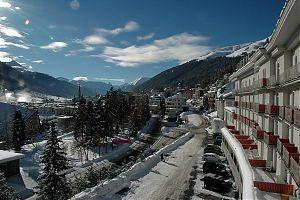 Blick aus meinem Hotelzimmer auf Davos-Platz