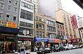 Verlassene kleine Gebäude direkt am Broadway
